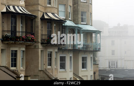 Pretty Georgian Houses on Sion Hill in Clifton Bristol on a foggy morning. - Stock Photo