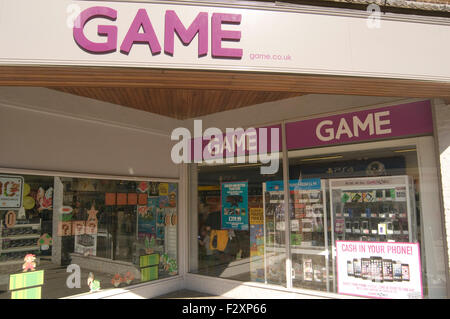 game uk secondhand games and electrical goods retailer shop shops - Stock Photo