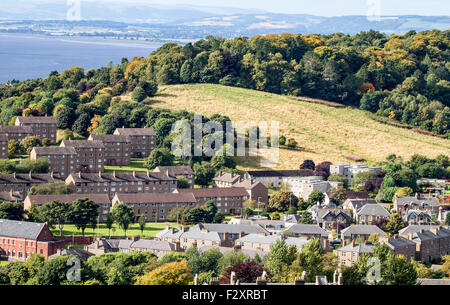 Dundee, Tayside, Scotland, UK, 25th September 2015. UK Weather: Cold and crisp autumn morning sunshine displaying - Stock Photo