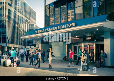 Entrance To Pennsylvania Station And Madison Square Garden New York Stock Photo 142973534 Alamy