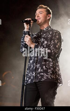 Chicago, Illinois, USA. 1st Aug, 2015. Singer SAM SMITH performs live in Grant Park at the Lollapalooza Music Festival - Stock Photo