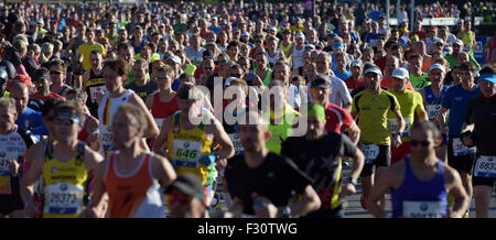 Berlin, Germany. 27th Sep, 2015. Runners compete in the 42nd Berlin Marathon in Berlin, Germany, 27 September 2015. - Stock Photo