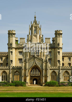 Cambridge, St John's College, New Court, entrance screen - Stock Photo