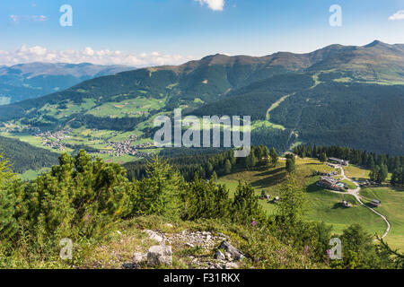 View from the Croda Rossa heads to the Rotwandalm with mountain station of the cable car, Sexten valley with Sexten - Stock Photo