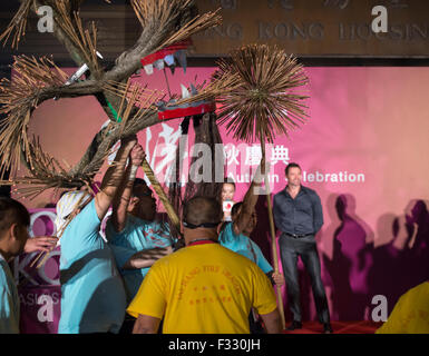 Hong Kong. 28th Sep, 2015. Hugh Jackman attends mid -autumn festival with the fire dragon. Credit:  Jayne Russell/Alamy - Stock Photo
