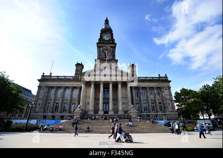 Bolton Town Hall, Victoria Square, Bolton. Picture by Paul Heyes, Tuesday September 29, 2015. - Stock Photo