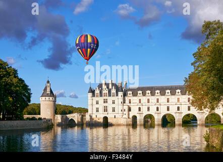 Hot-air balloon above Château de Chenonceau and the River Cher. Chenonceaux, Indre-et-Loire, France. - Stock Photo