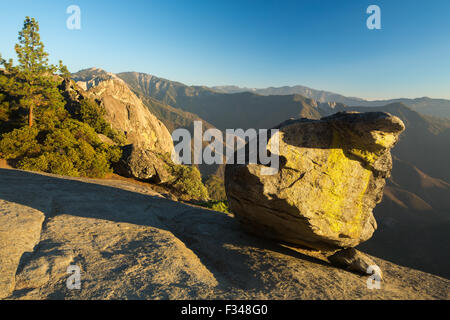 Hanging Rock, Sequoia National Park, California, USA Stock Photo