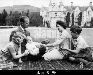 Dec. 26, 1956 - New pictures of The Royal Family on holiday at Balmoral: Special pictures of the Royal Family including - Stock Photo