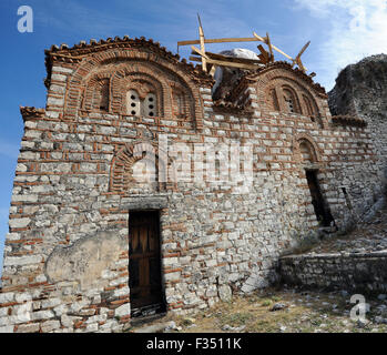 The Holy Trinity Church, a 14th century Orthodox church in the walls of the thirteenth century Berat Castle, Kalaja - Stock Photo