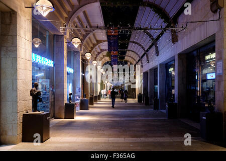 Mamilla Mall, also known as Alrov Mamilla Avenue a shopping street and the only open-air mall near the old city - Stock Photo