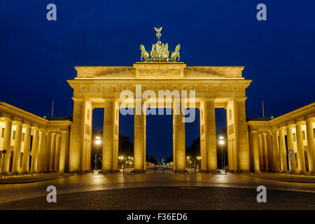 The Brandenburg Gate / Brandenburger Tor Berlin, Germany lit by floodlights in the early hours of the morning. - Stock Photo