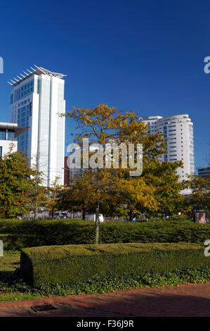 Callaghan Square and Raddison Blu hotel, Cardiff, Wales. - Stock Photo