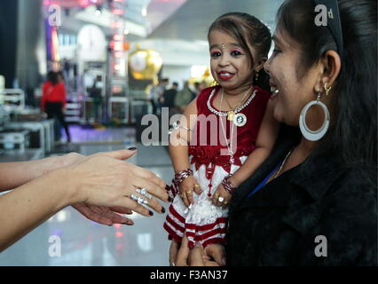 Moscow, Russia. 3rd Oct, 2015. World's shortest woman Jyoti Amge, 62.8cm, attends the opening ceremony of Moscow's - Stock Photo