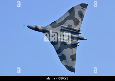 Avro Vulcan B2 XH558 making her final display appearance before retirement at the Airshow Season Finale, Shuttleworth - Stock Photo