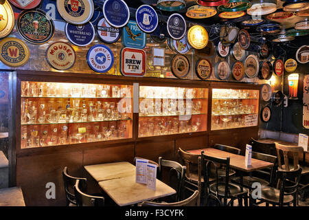 Delirium Cafe known for its long beer list, standing at 2.004 different brands in January 2004 as recorded in The - Stock Photo