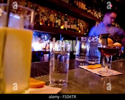 Attaboy speak-easy bar in NYC: Interior - Stock Photo