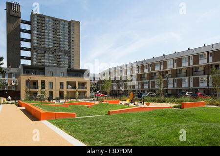 View of landscape architecture on the Brownfield Estate with Belfron Estate. Brownfield Estate, London, United Kingdom. - Stock Photo