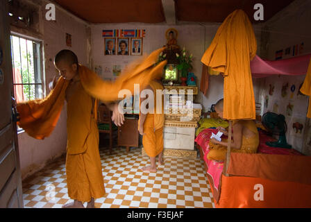 Housing for Buddhist  monks in Wat Kampheng Temple. Battambang. Wat Kampheng Just behind the governor's residence - Stock Photo