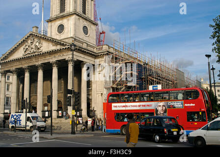 Street scene in The National Gallery ; Trafalgar Square ; London ; U.K. United Kingdom England - Stock Photo