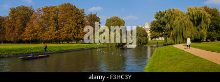 CAMBRIDGE, UK - OCTOBER 4TH 2015: A view of the back of St. John's College and the River Cam in Cambridge, on 4th - Stock Photo
