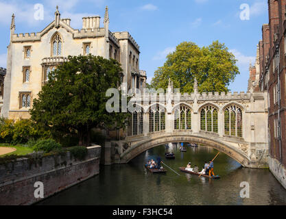 CAMBRIDGE, UK - OCTOBER 4TH 2015: A view of the beautiful Bridge of Sighs in Cambridge, on 4th October 2015. - Stock Photo