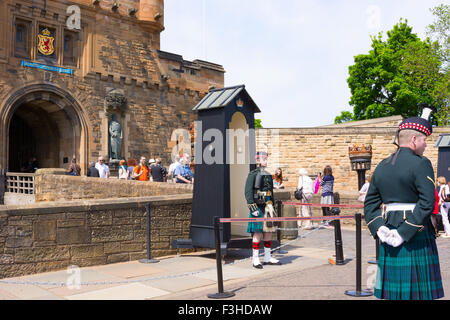 EDINBURGH, SCOTLAND - JUNE 11, 2015: Drawbridge of the castle in Edinburgh in Scotland full of tourists. - Stock Photo