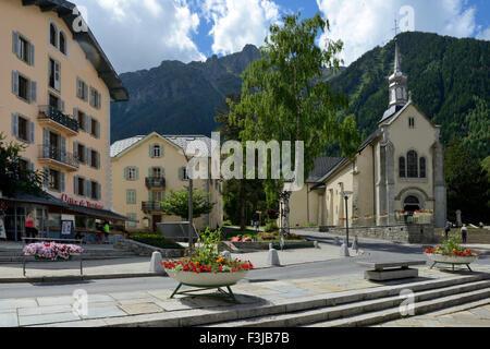 Saint michel de chamonix church centre of chamonix - Office de tourisme chamonix mont blanc ...