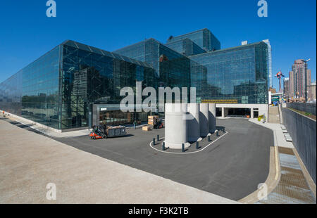 Jacob K. Javits Convention Center , or Javits Center, on Manhattan's West Side in New York City - Stock Photo