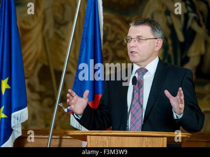 Prague, Czech Republic. 9th Oct, 2015. Minister for Foreign Affairs of Czech Republic Lubomir Zaoralek, photo, meets - Stock Photo