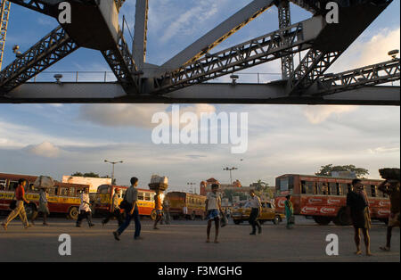 Kolkata, West Bengal, India.  Public Transport Buses are chaotic and can get terribly crowded. A better choice is - Stock Photo