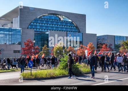 Berlin Germany,10th October, 2015. Protestors collected outside the Hauptbahnhof (the capital's main train station) - Stock Photo