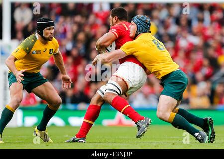 Twickenham Stadium, London, UK. 10th Oct, 2015. Rugby World Cup. Australia v Wales. Taulupe Faletau of Wales is - Stock Photo