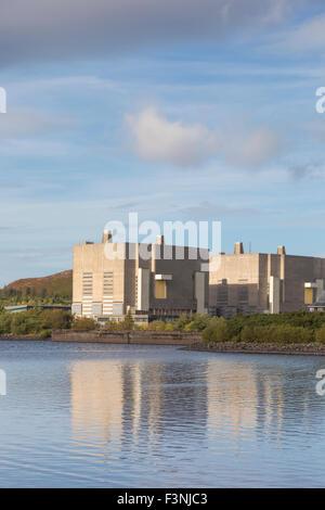 The decommissioned Trawsfynydd Nuclear Power Station, Snowdonia National Park,  Gwynedd, Wales. - Stock Photo