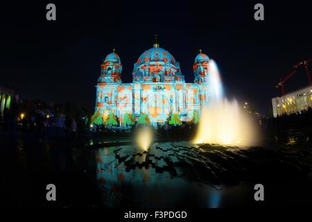 Berlin, Germany. 10th Oct, 2015. Berlin Cathedral is illuminated during the Festival of Lights, which runs until - Stock Photo