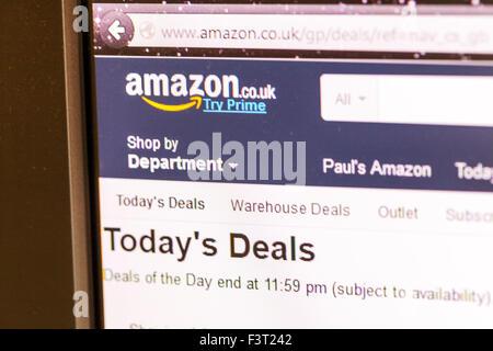 Amazon amazon.co.uk website homepage online shop shopping screen screenshot web site internet net prime - Stock Photo