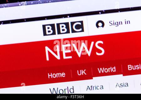 BBC news website homepage online screen screenshot web site internet net sign in UK - Stock Photo