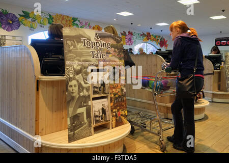 Garden Centre interiors, undercover as stores prepare for Christmas with festive displays. - Stock Photo