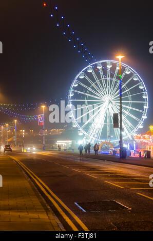 Photograph of Sunderland Illuminations 2015 Along Whitburn Road (A183) Showing the Vue Big Wheel and Street Illuminations - Stock Photo
