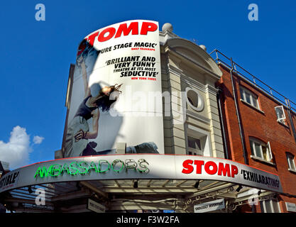 London, England, UK. 'Stomp' at the AMBASSADORS THEATRE  West Street, - Stock Photo