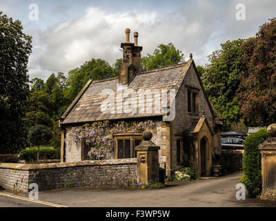 Small stone cottage in Derbyshire England - Stock Photo