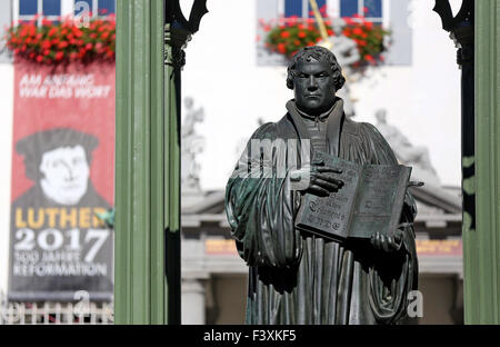 Wittenberg, Germany. 28th Sep, 2015. The monument of Martin Luther, German theologist and key figure of the Protestant - Stock Photo