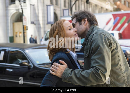 THE X-FILES 2016 Fox Broadcasting film with Gillian Anderson and David Duchovny - Stock Photo