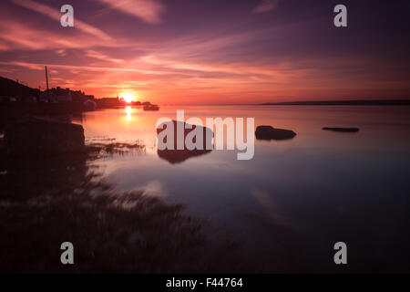 Sunset at Penclawdd on the Loughor Estuary, north Gower, Swansea. - Stock Photo