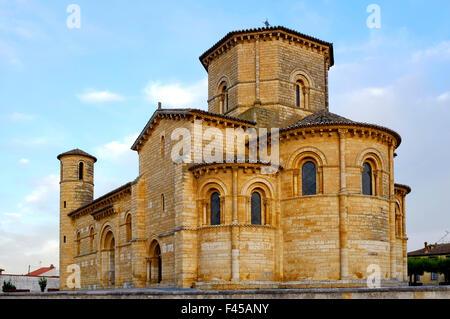 The church of San Martin de Tours in Fromista,Castile and León, Spain - Stock Photo