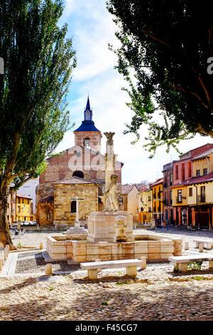 Plaza del Grano and Santa Maria del Camino church, Leon,Castile and León, Spain, - Stock Photo