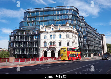 Fasade of Amazon's offices at 60 Holborn Viaduct, London England United Kingdom UK - Stock Photo