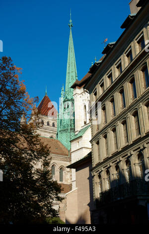 St Peter's Cathedral (Cathédrale de St-Pierre), Geneva, Switzerland - Stock Photo