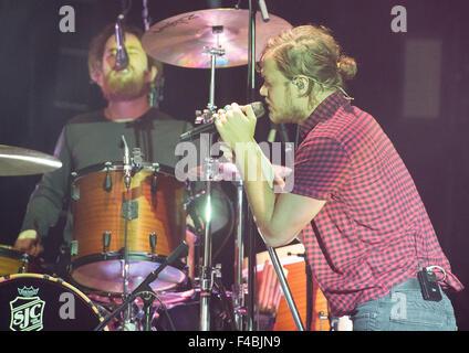 Hamburg, Germany. 15th Oct, 2015. Singer Dan Reynolds (R) and drummer Daniel 'Z' Platzman of the band Imagine Dragons - Stock Photo