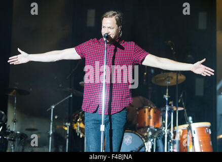 Hamburg, Germany. 15th Oct, 2015. Singer Dan Reynolds of the band Imagine Dragons performing at the barclaycard - Stock Photo